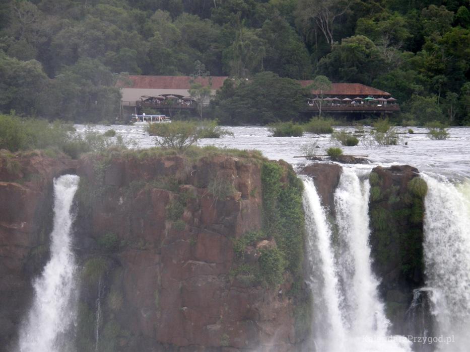 Po stronie brazylijskiej również luksusowy hotel